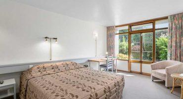 Hotel Studio Bedroom