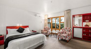 Studio Hotel Bedroom